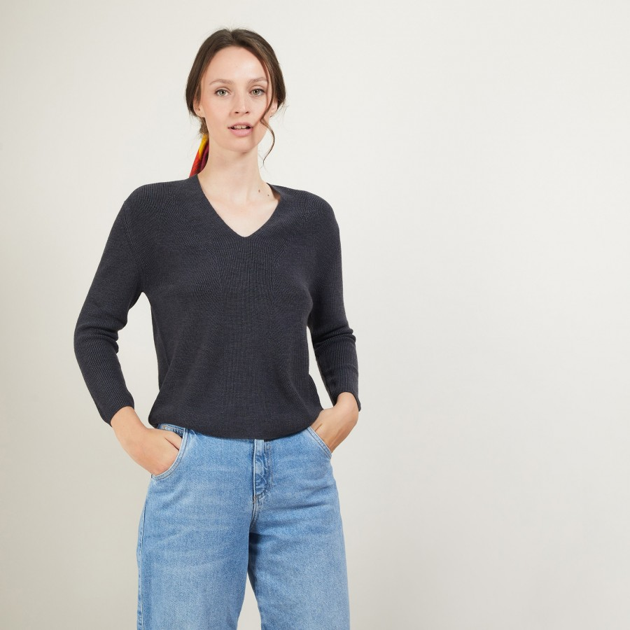 V-neck wool sweater - Fathia