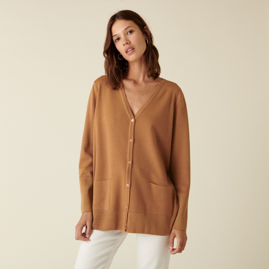 Long buttoned V-neck cardigan in merino wool - Alister